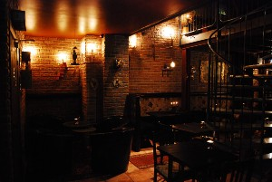 steampunk bar restaurang
