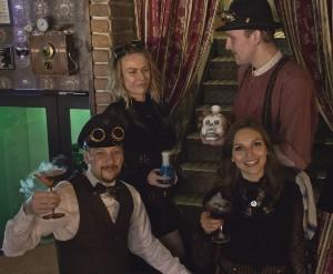 steampunk bar göteborg personal